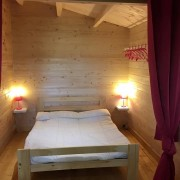 Camping 3 étoiles dordogne - chambre parentale